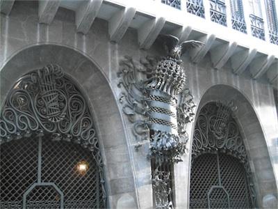 guel gate02.jpg